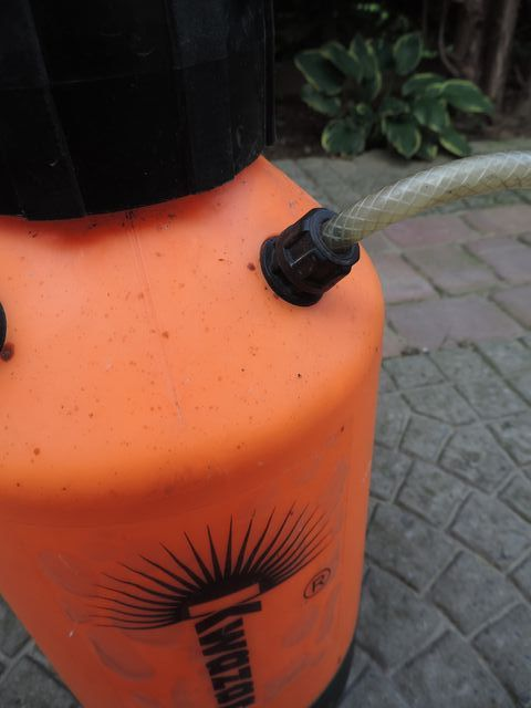 Połączenie węża z butlą też może być źródłem nieszczelności