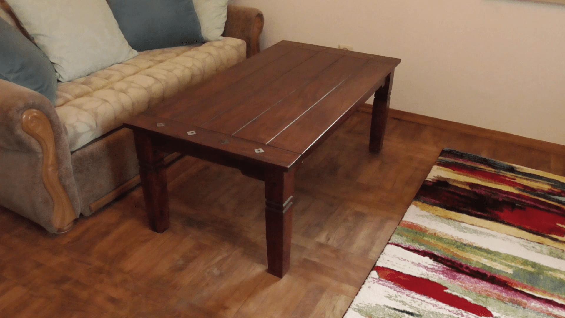 Montaż stolika