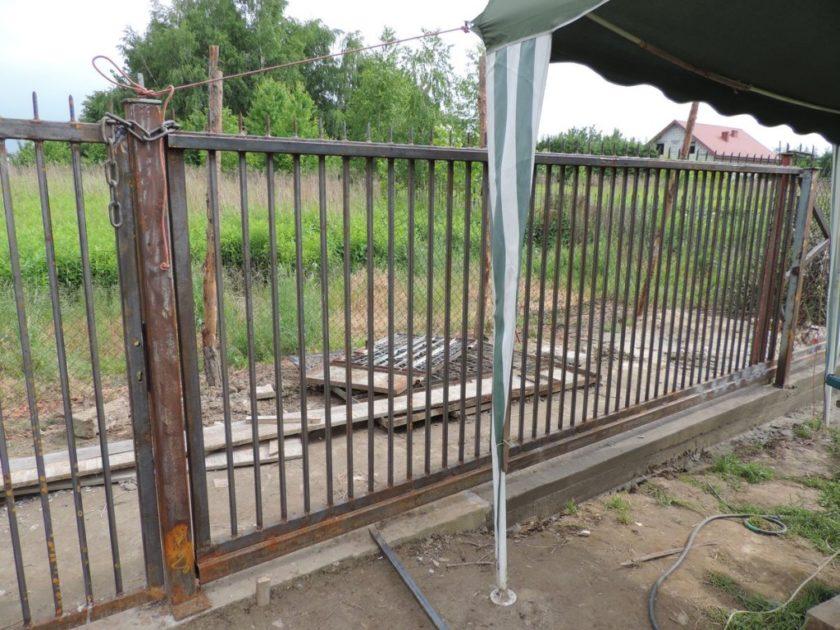 budowa bramy przesuwnej