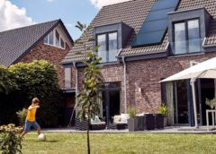Dom bez rachunków – dlaczego warto zamontować instalację fotowoltaiczną na dachu?